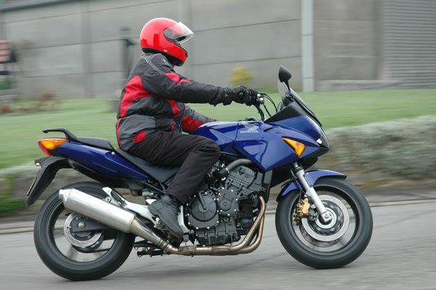 moto motos moto assurance l 39 assureur des motards. Black Bedroom Furniture Sets. Home Design Ideas